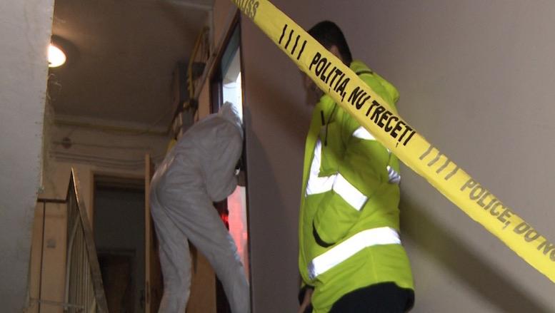 Anchetă la Cernavodă după ce o femeie a fost găsită moartă într-un apartament. Ea avea mâinile legate la spate și prezenta urme de strangulare