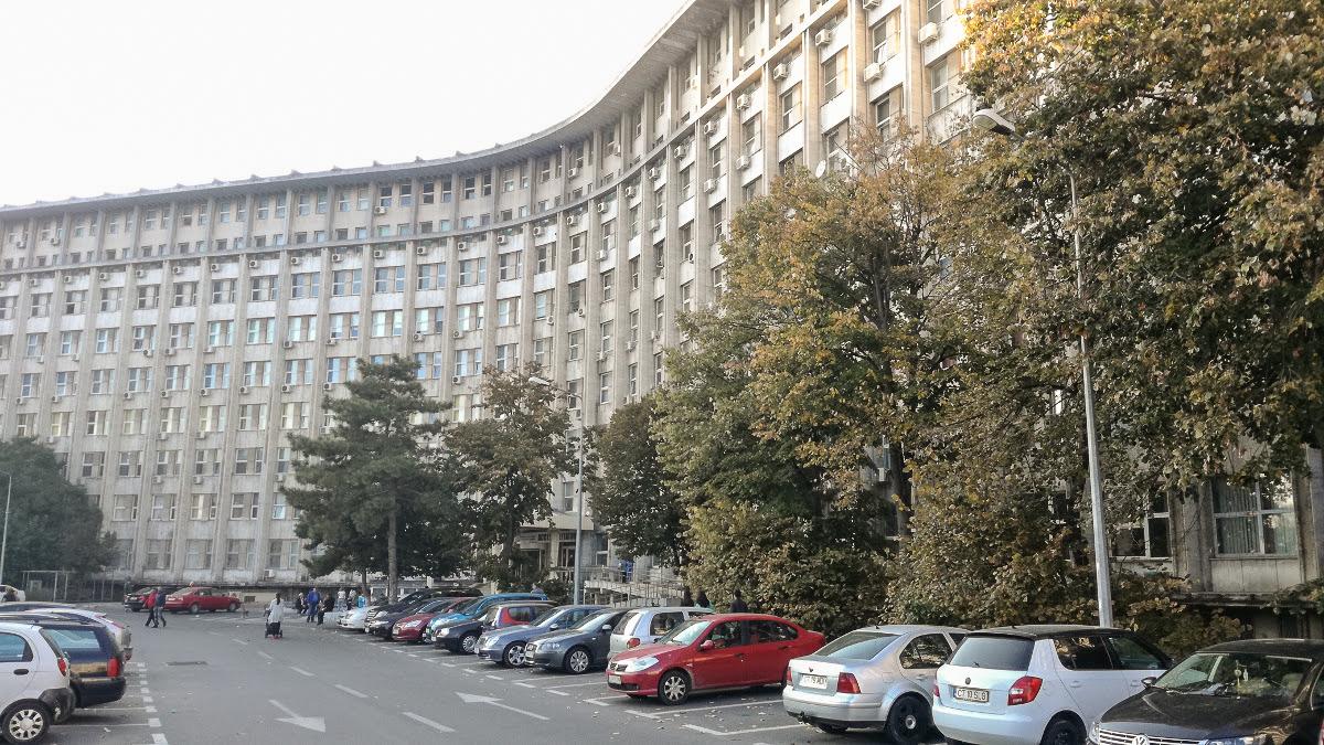 Un bătrân de 80 de ani a murit după ce a căzut de la etajul cinci al Spitalului Județean Constanța