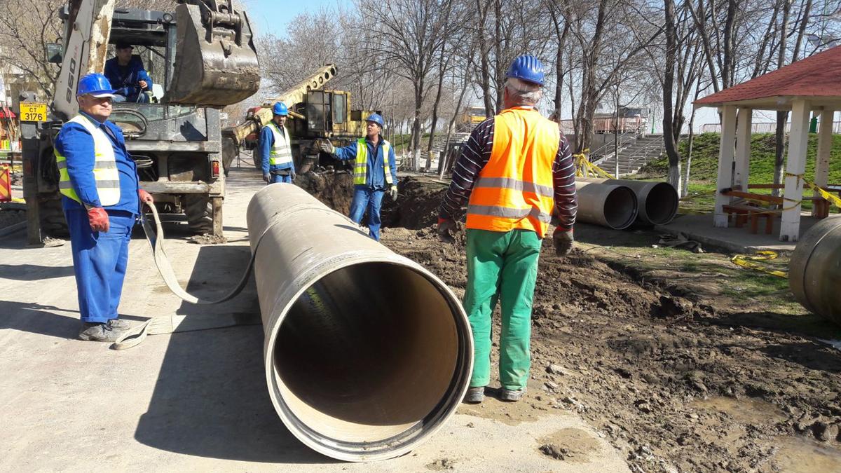 Locuitorii din zona de vest a orașul Ovidiu nu vor avea joi, 22 aprilie, apă potabilă la robinete
