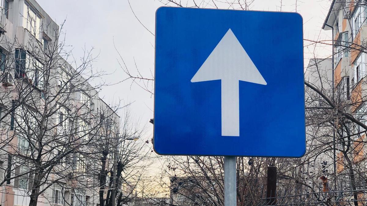 28 de străzi din Constanța, din zona Delfinariu, vor deveni de miercuri, 05 mai, artere cu sens unic