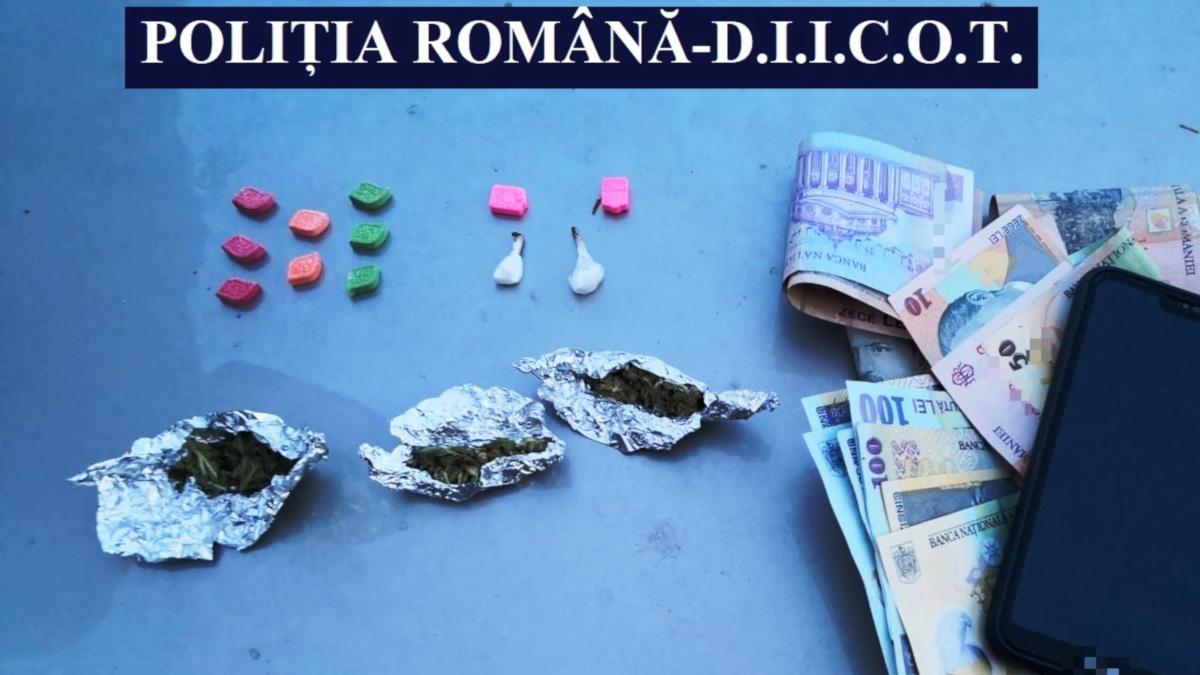 Tânăr reținut pentru trafic de droguri la un festival de muzică de la Neptun
