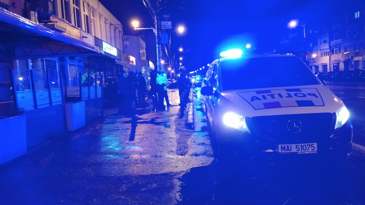 Scandal în parcarea unui club din stațiunea Mamaia: o persoană a ajuns la spital