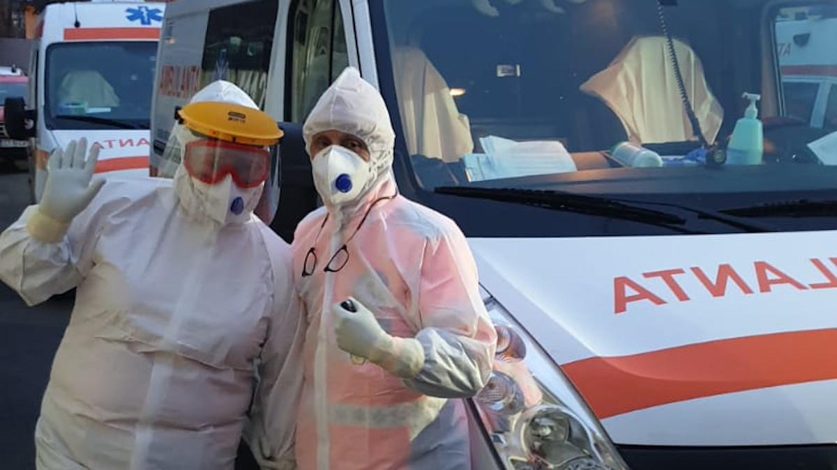 VIDEO Doi maramureșeni care se întorceau de pe litoral, descoperiți cu coronavirus după ce au fost implicați într-un accident rutier. Cei doi știau că sunt infectați, dar nu au anunțat autoritățile