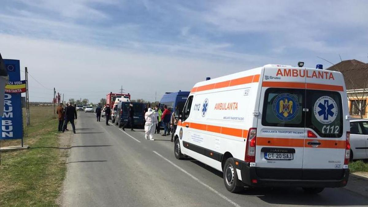 Trei victime într-un accident rutier petrecut DN 22, în afara localității Lumina