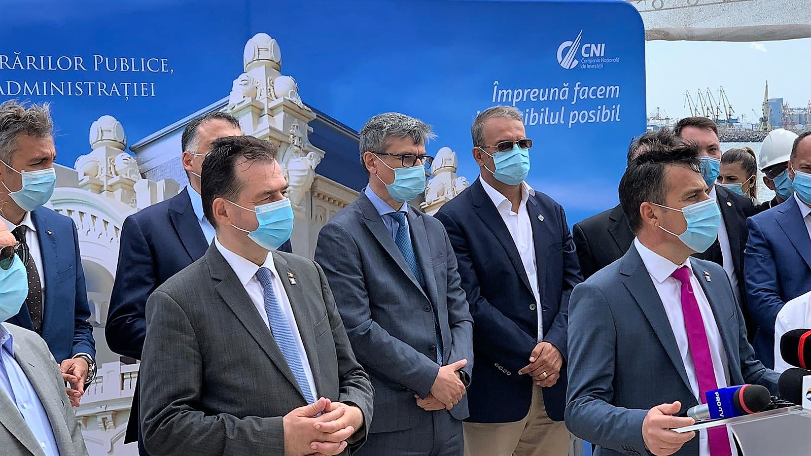 """Ludovic Orban la Constanța: """"Nu vrem să ajungem la noi restricții, dar depinde de creșterea numărului de români care respectă regulile de protecția sanitară"""""""