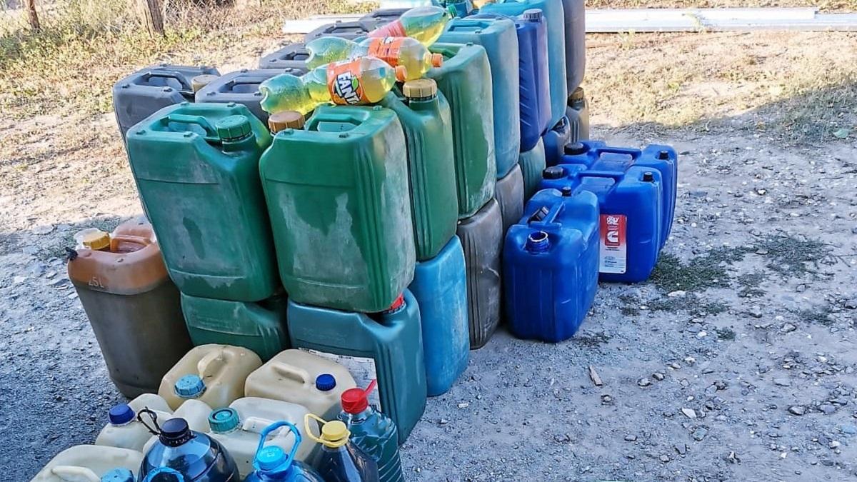Zeci de percheziții efectuate în Constanța și Ialomița pentru destructurarea unei rețele de contrabandă cu combustibil
