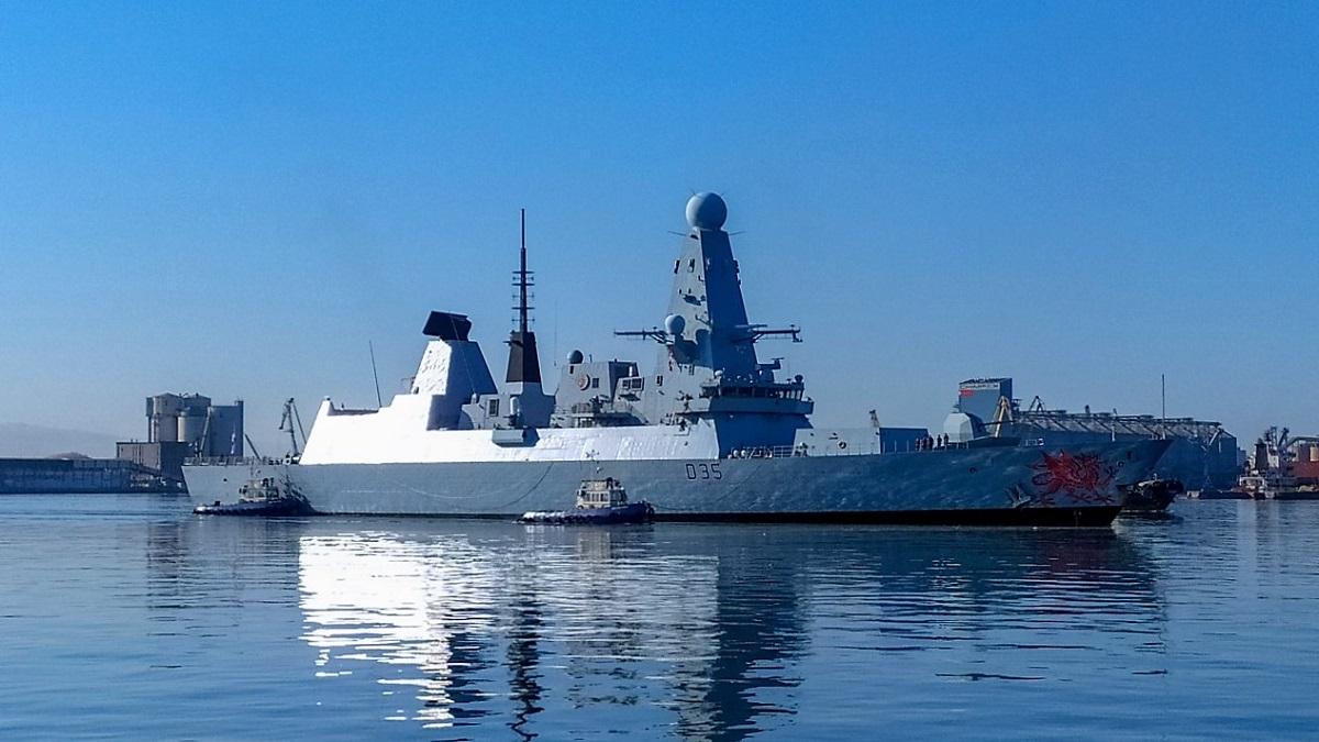 Peste 400 de marinari militari britanici și români participă la exerciții navale în Marea Neagră