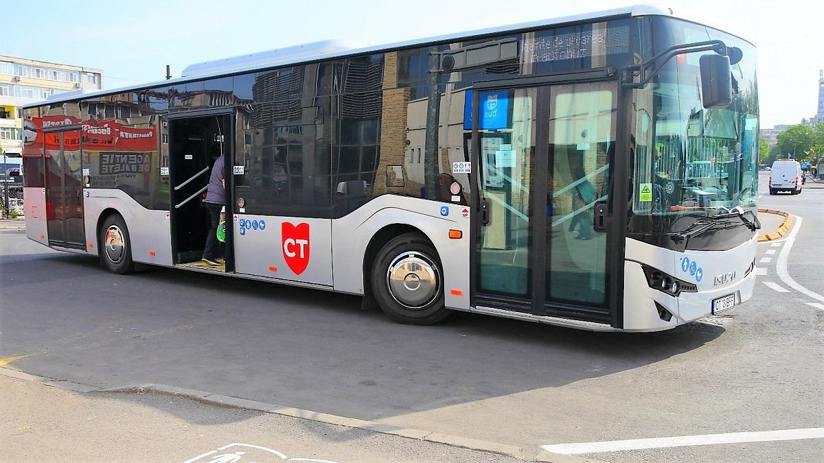 Autobuzele liniilor 44 și 51 vor circula, de mâine, pe un traseu deviat