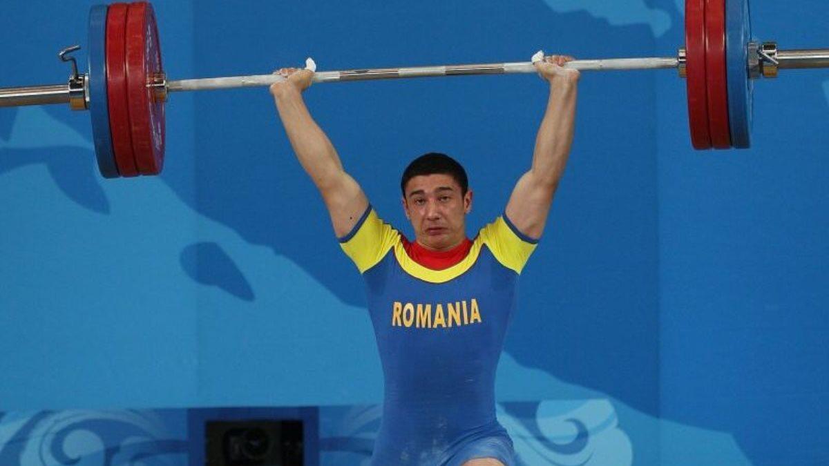 La opt ani de la desfășurarea competiției, trei halterofili români au fost depistați dopați la Jocurile Olimpice de la Londra, iar România pierde două medalii