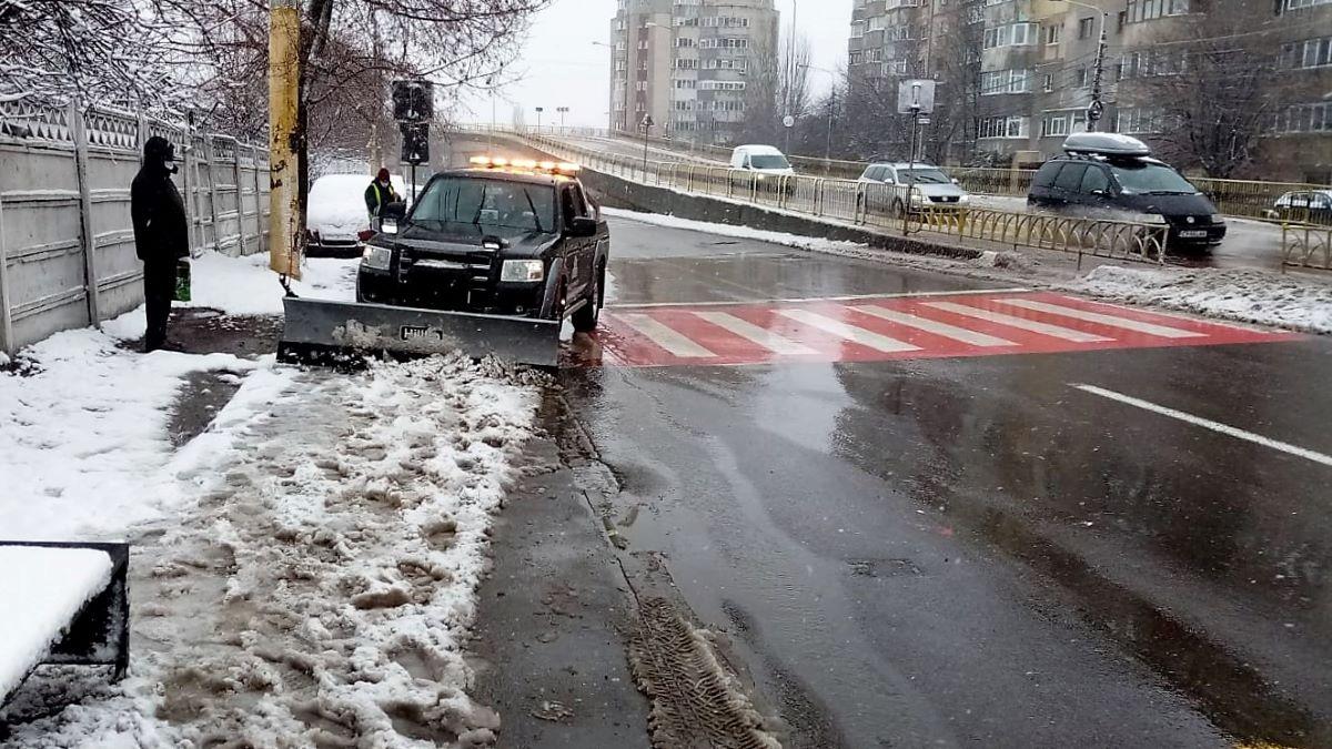 """Primăria Constanța: """"În acest moment se circulă în condiții bune pe toate arterele din municipiu"""""""