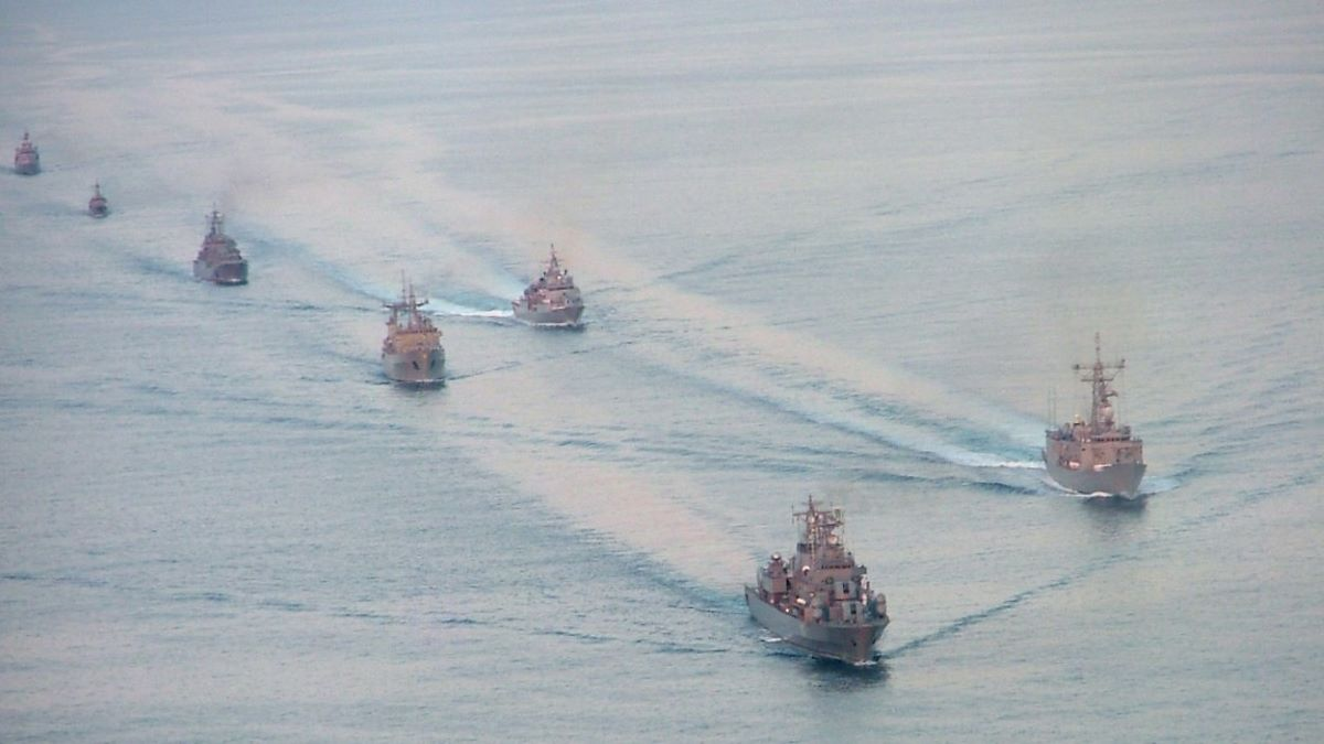 Peste 700 de militari, din șase țări NATO, se instruiesc în Marea Neagră sub comanda Forțelor Navale Române
