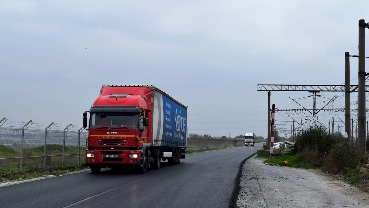 Au început lucrările de modernizare la drumul dintre Poarta 7 și Poarta 9 ale Portului Constanța
