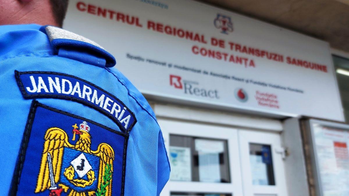 Jandarmii Inspectoratului Județean Constanța și cei ai Unității Speciale 72 Cernavodă au donat sânge pentru semenii lor