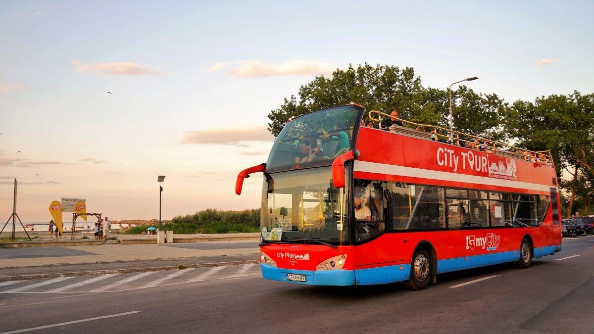 """Autobuzele etajate ale CT BUS revin în trafic, în circuitul """"City Tour"""", de vineri, 18 iunie"""