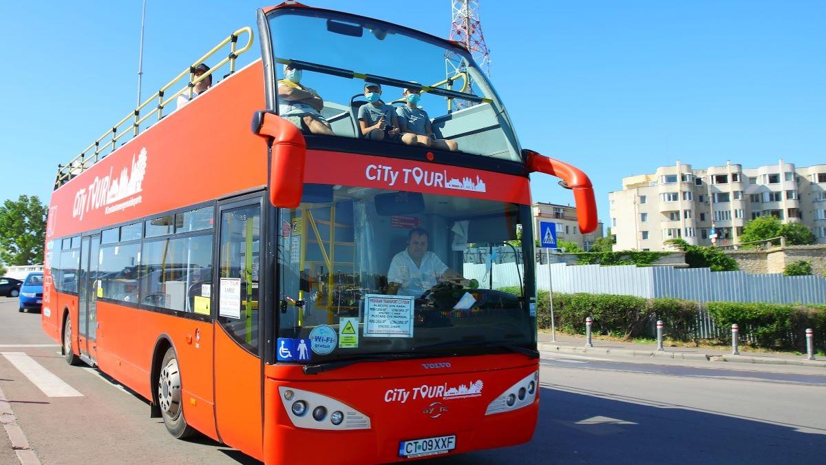 Traseu deviat, în weekend, pentru autobuzele etajate ale liniei estivale CiTy TOUR