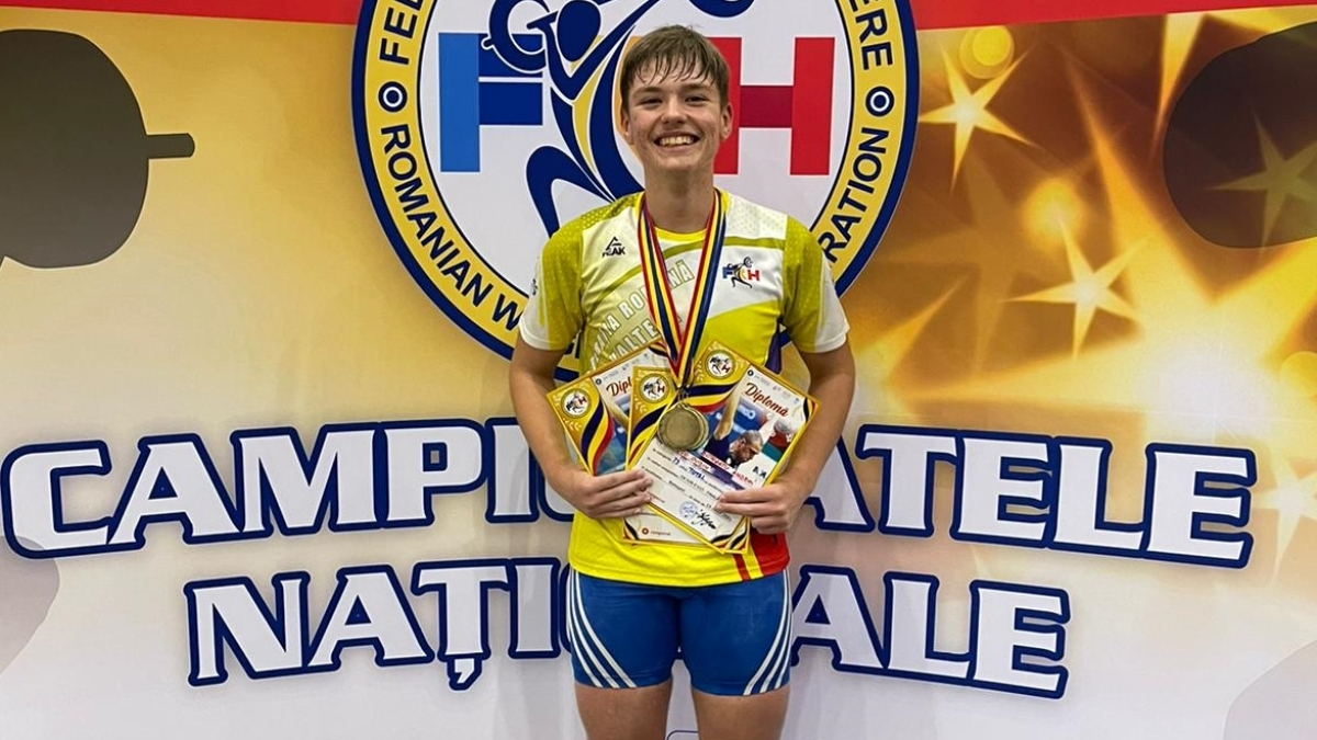 FOTO Medalii pentru sportivii de la CSO Ovidiu în cadrul fazei finale a Cupei României la haltere