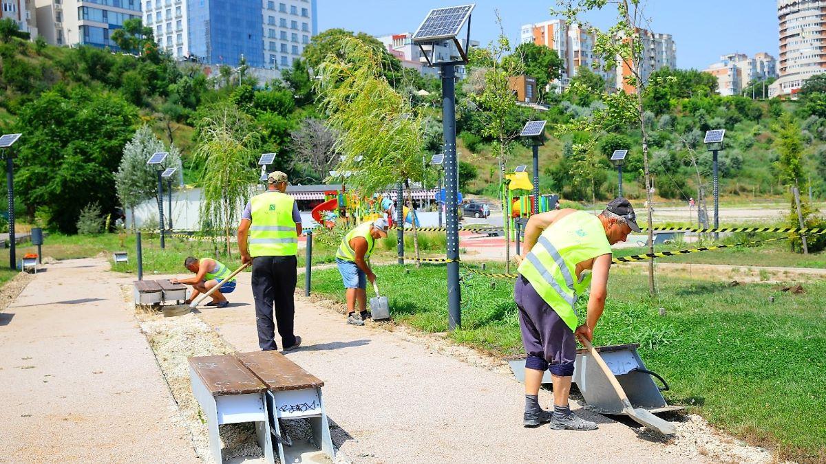 FOTO Primăria Constanța începe lucrările la primul parc tematic din oraș. Acesta, dedicat fitnessului, va fi amenajat pe plaja Modern