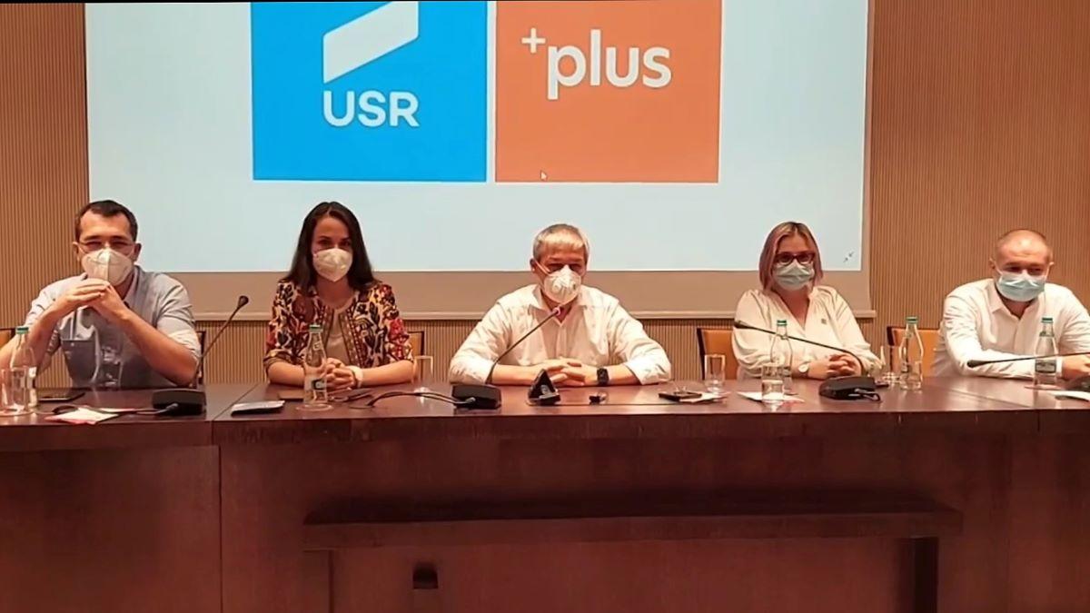 """Dacian Cioloş, la Constanţa: """"PNL poate să propună un premier, iar dacă nu găsesc candidat de premier, putem să propunem noi"""""""